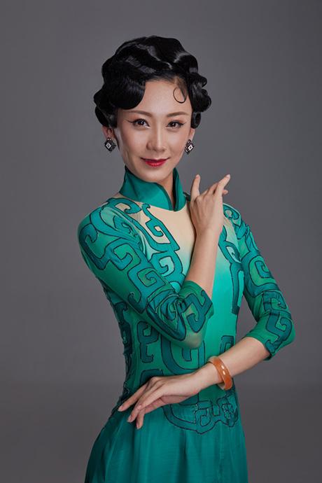 刘芳—饰曾思懿