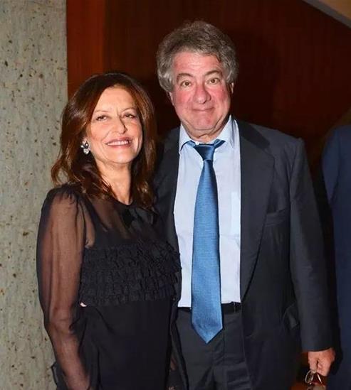 莱昂・布莱克和妻子黛布拉