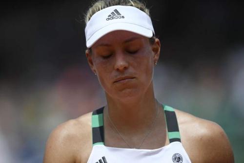 法网-科贝尔爆冷不敌马卡洛娃 连续2年首轮出局