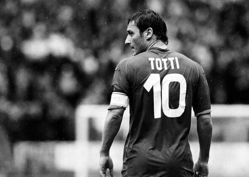 托蒂含泪告别:话最糟糕一章青春全献给罗马