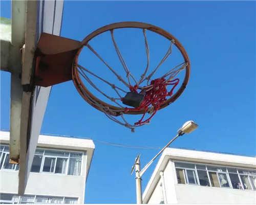 ▲网友@yjw23:篮网上锁