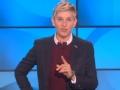 《艾伦秀第14季片花》第一百六十六期 热情观众现场告白艾伦 玩游戏内衣掉落被调侃