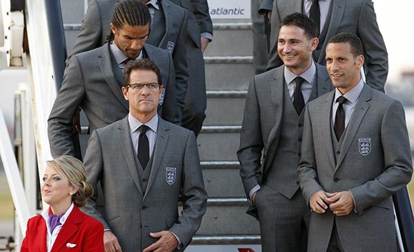 卡佩罗带英格兰队参加2010年世界杯。东方IC 资料