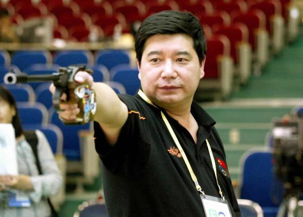 """老枪""王义夫。"