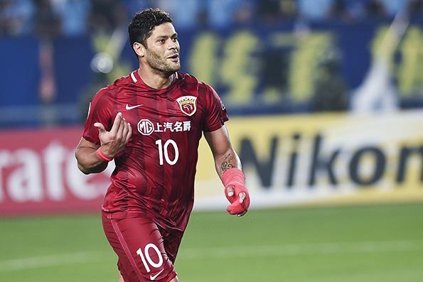 就在国足世预赛生死战客场2比2战平叙利亚出线前景渺茫的第二天,中国足协就下发了中超新政补充版本。