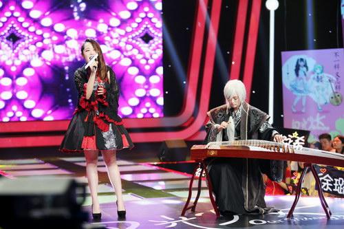 《闪光少女》首映口碑获赞 刘泳希圈9跨次元合作