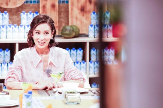 《菜3》杨恭如叙母女情深 潘粤明制作黑暗料理