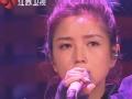 《金曲捞片花》第十一期 何洁粤语深情演唱《与泪拥抱》 看哭台下观众