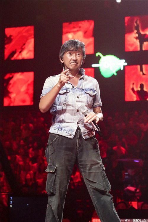 《想唱》林子祥歌迷属性满点 现场表演舞狮秀