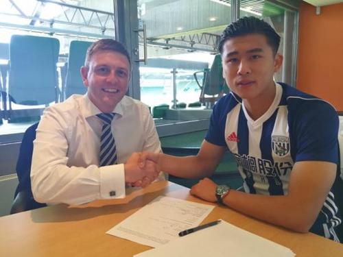 张玉宁此前和英超西布朗签约。