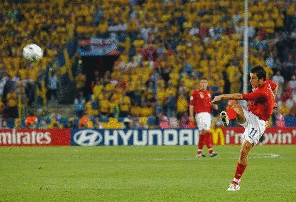 △乔·科尔曾在2006年世界杯上打进惊天吊射