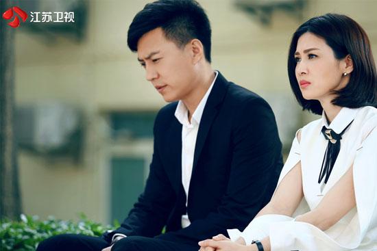"""靳东曾拒绝""""前半生""""结局 新剧回归暖男角色"""