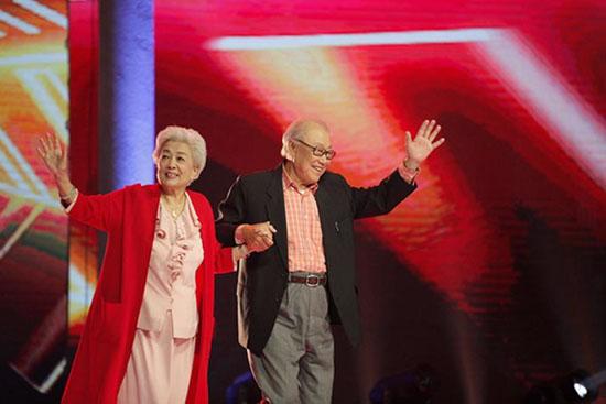 《签约歌手》开启怀旧舞台 刘三姐夫忆甜蜜往事