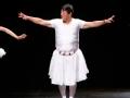 《极速前进中国版第四季片花》抢先看 张继科老爸挑战芭蕾 全程懵圈笑傻张继科