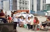 中国式上学:家长连夜排队
