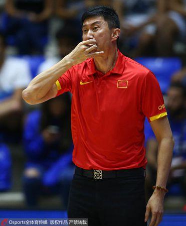 杜锋:满意队员们发挥 参加亚洲杯他们受益匪浅