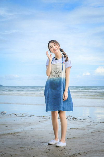 靳梦佳霸屏周末档 看完《中餐厅》看《未来》