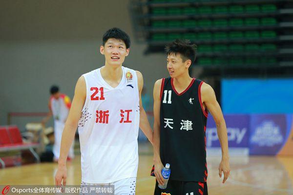 赵岩昊不慎臀部受伤 或无缘全运青年男篮排位赛