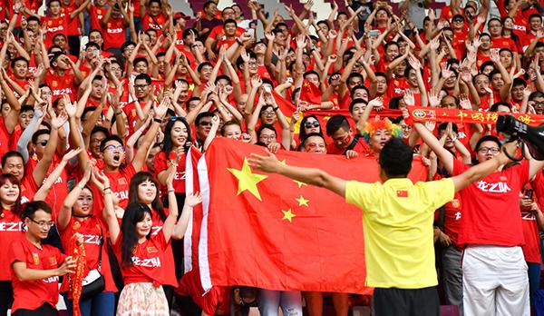 中国足球11次冲击世界杯决赛圈的历史,留下了第十次失利的遗憾。