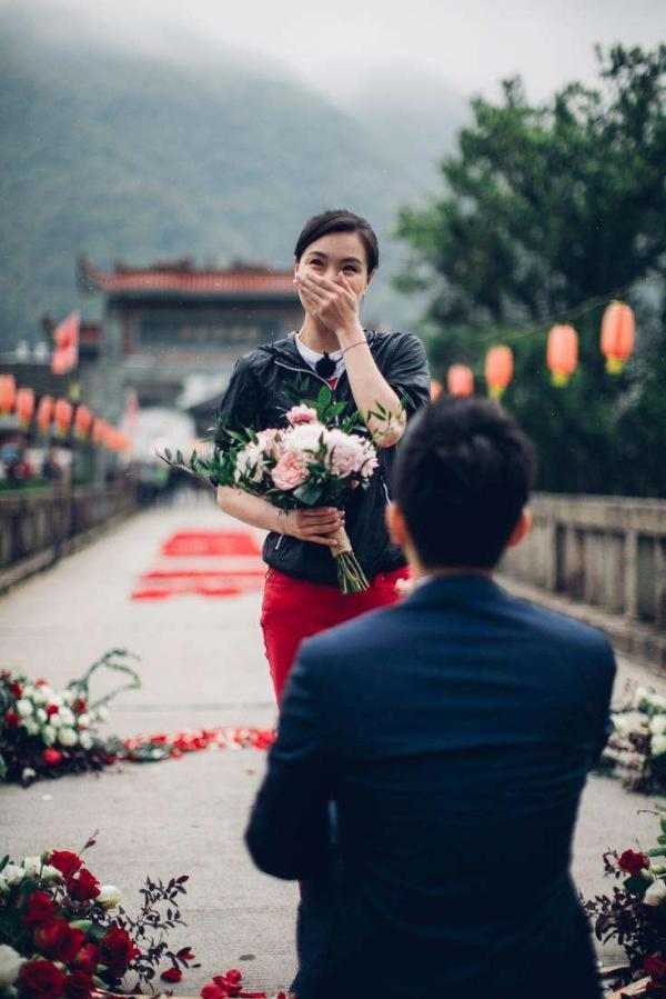 张效诚求婚吴敏霞。