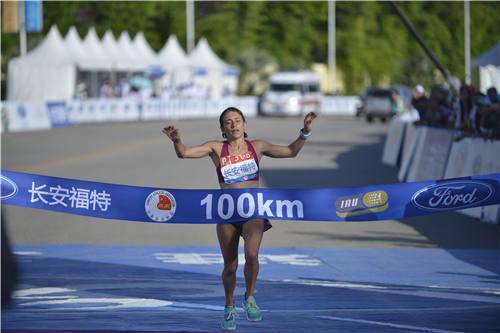 女子100公里冠军