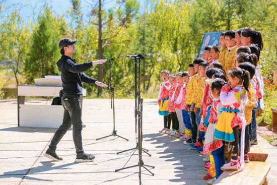 合唱团首演在即 汪峰自我要求严苛压力大