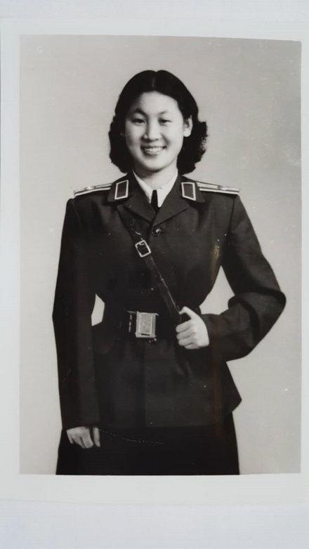 张菊华1957年在南京军区前线文工团