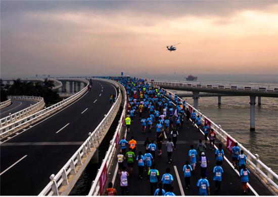 图片说明:厦门马拉松官网(摄影:林福寿)