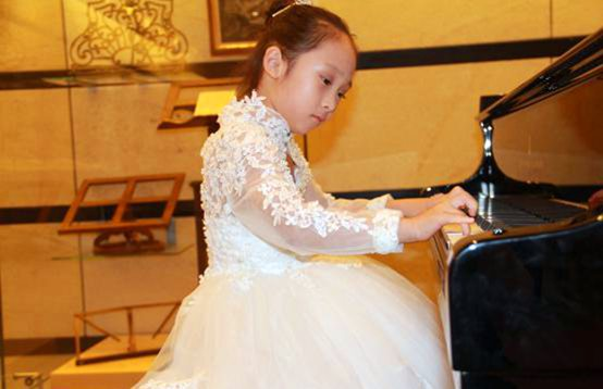 钢琴专业 幼儿启蒙组优秀选手 张芸嘉
