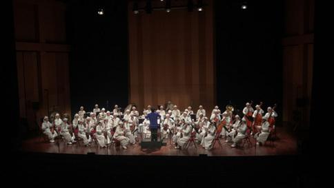 《马背雄风》专场演出在尼斯音乐学院激情上演
