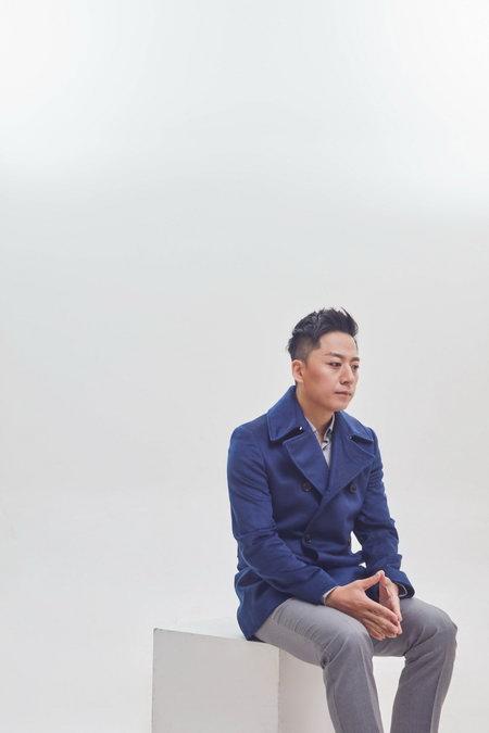 张磊温情献唱《幸福一家人》 实体专辑全面上线