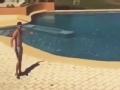 负角度、远距离、过泳池 这个进球亮点实在太多