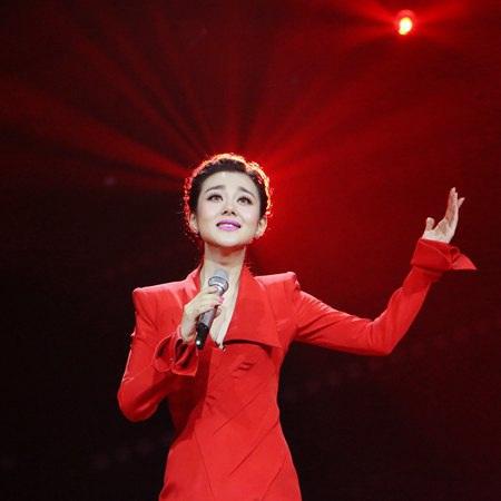 徐晶晶一曲《扬州梦》献给江苏省第十九届运动会