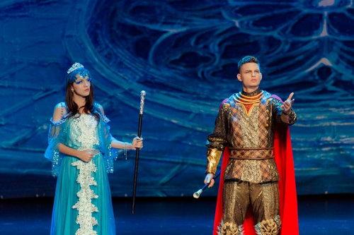 儿童剧《冰雪奇缘》开启演出 改编自《白雪皇后》
