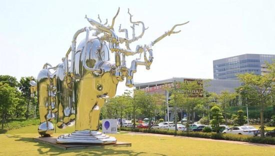 凤凰艺术携手中央美院 为城市注入公共艺术新动力