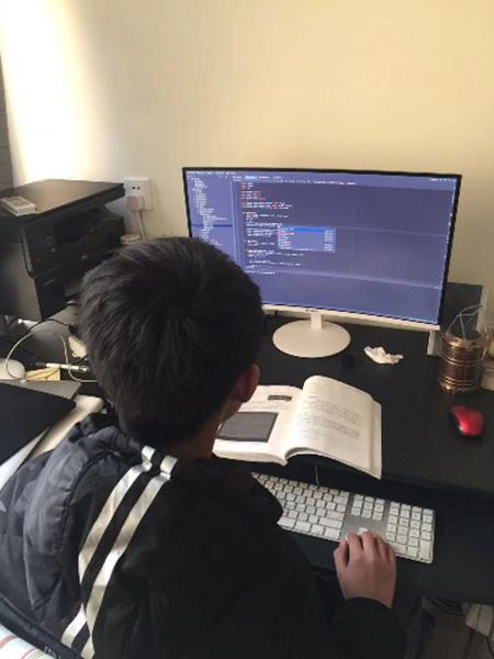 极客战记在哪里下载 11岁小学生走上编程之路