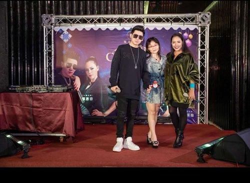 一张王牌首次于台湾媒体前亮相