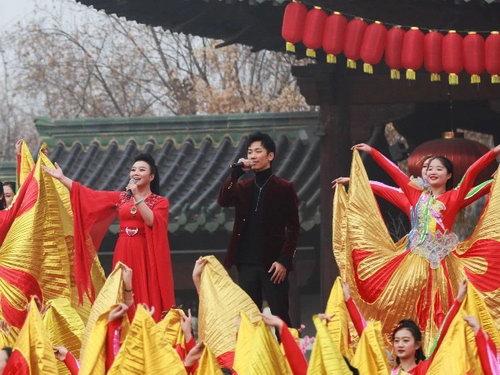 刘瀚之《唱响新时代》用歌声庆贺新年