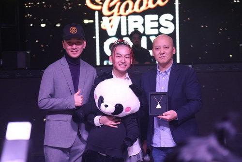 右起:太合音乐集团副总裁胡译友、GVO�σ�反词既�CEO王云CloudWang、GVO�σ�妨�合创始人COO陈旺