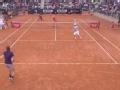 赛场展现暖心一面 小兹维列夫告别罗马