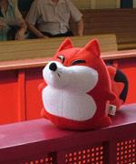 狐狐耐心等候幻想世界火车