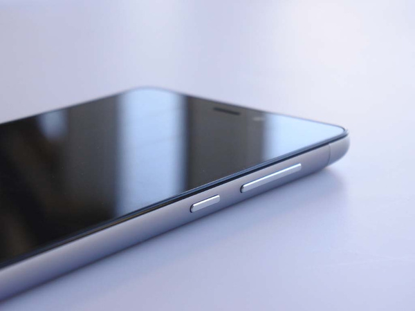 红米3开箱组图:背后星纹与iPhone 5同工艺的照片 - 14