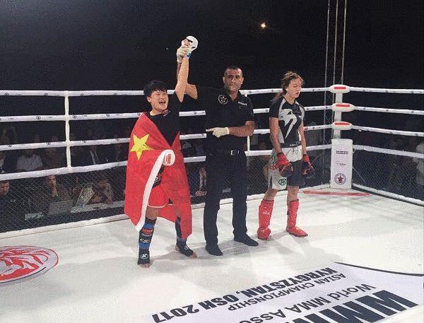 MMA亚洲锦标赛捷报频传 中国拳手夺3金完美?#23637;? title=